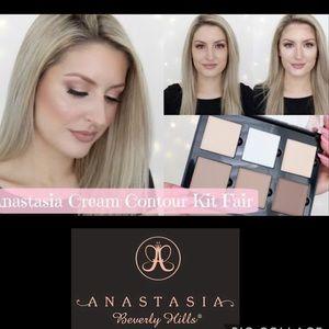 Just In✨ Anastasia BH FAIR Contour Cream Palette